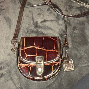 Like New Dooney & Bourke!